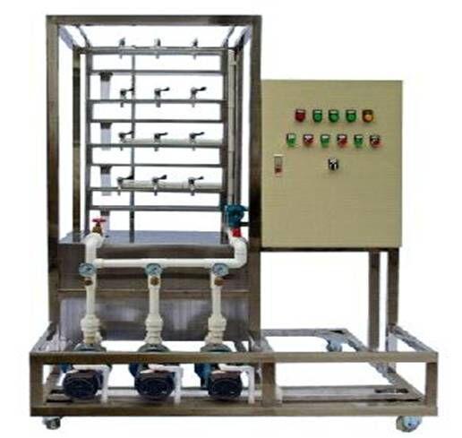 SBHY-15楼宇变频恒压供水技能实训装置 由可编程序控制器、变频器、水泵、电动机、水箱、管道等组成套装置,可完成PLC编程控制、变频参数修改、输出水压恒定控制等实训项目。PLC采用变频器采西门子或三菱品牌。电机功率300w.电源电压380V,变频范围:25-50Hz,压力控制范围,4-35kPa可调.